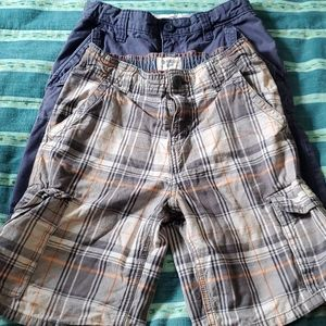 Boys short bundle size 8